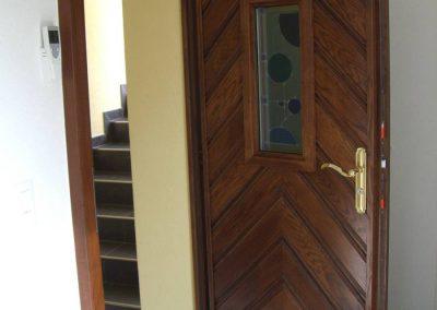 Porte et parquet en bois Boudevilliers